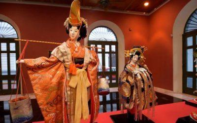 imagenes de muñecas japonesas roja