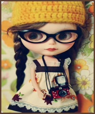 muñequitas con gafas