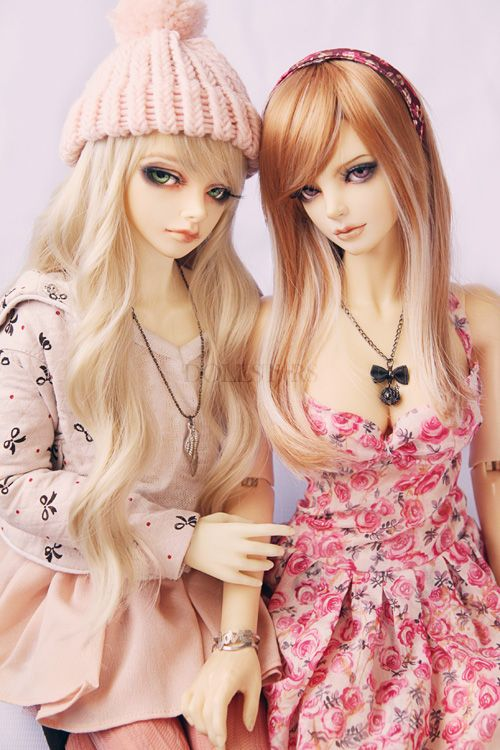 2 muñecas bonitas