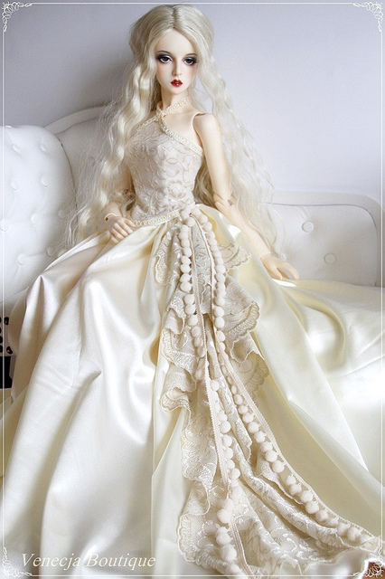 barbie con vestido