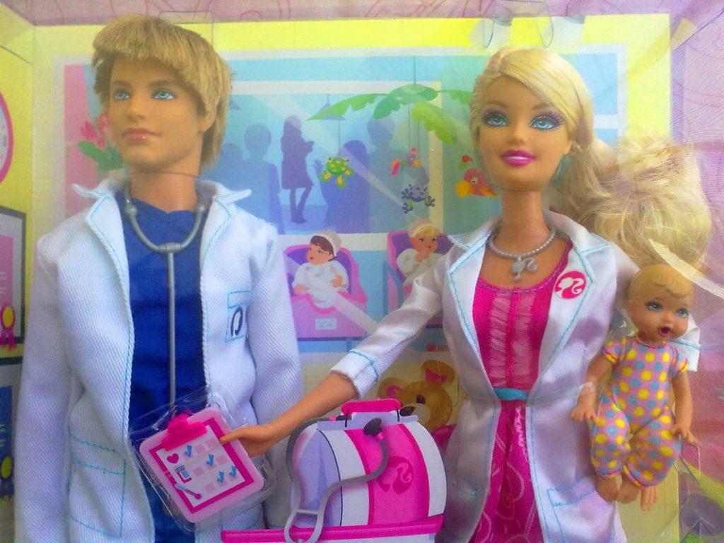 barbie y kent doctores