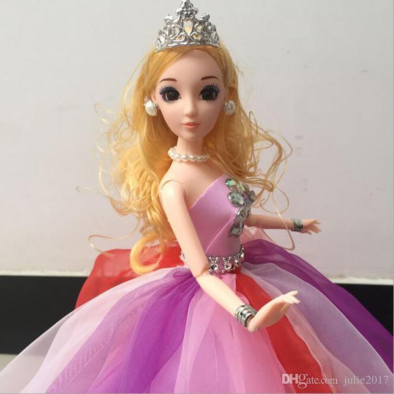 muñeca bonita con vestido de 15 años