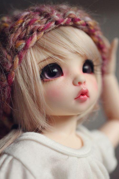 muñeca bonita y tierna