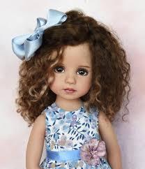 muñeca cabello rizo