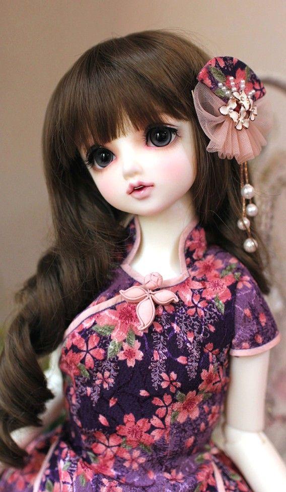 muñeca con pelo largo